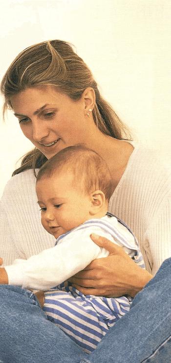 Nicht mehr nur ein Paar, nach der Geburt jetzt auch Eltern